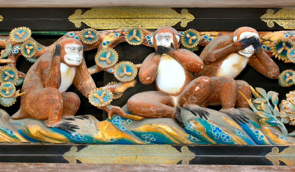 1280px-Three_Wise_Monkeys,Tosho-gu_Shrine